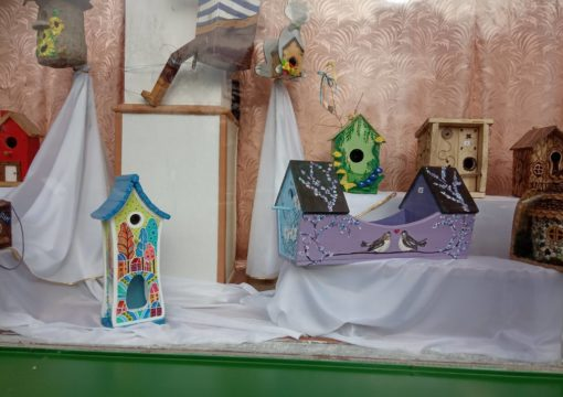 "The ""Creative Birdhouse"" competition took place in Izum."